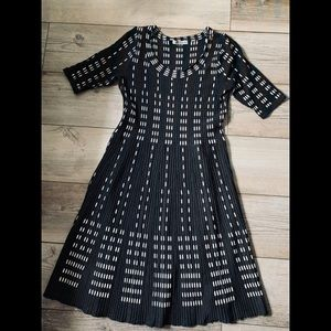 Danny and Nicole knit dress 3/4 sleeves